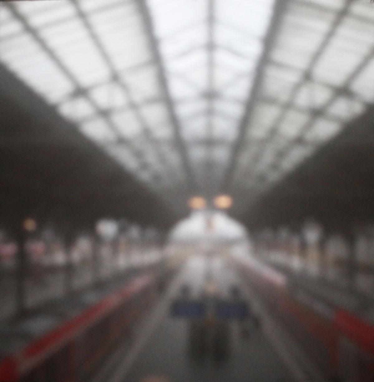 01 | Bahnhof Lübeck | 2021 | Camera Obscura | Pigmentdruck Alu-Dibond