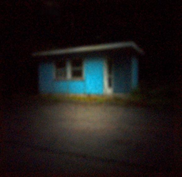 Blaues Zollhaus, Schweiz | 2012 | Camera Obscura | Pigmentdruck auf Alu-Dibond | 180 x 160 cm