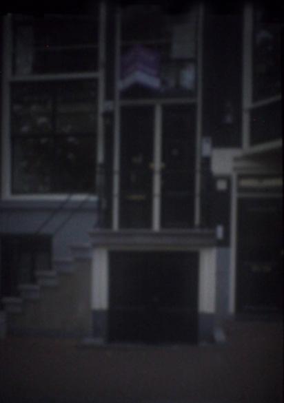 Hausfassade Amsterdam II | 2014 | Camera Obscura | Pigmentdruck auf Alu-Dibond | 180 x 140 cm