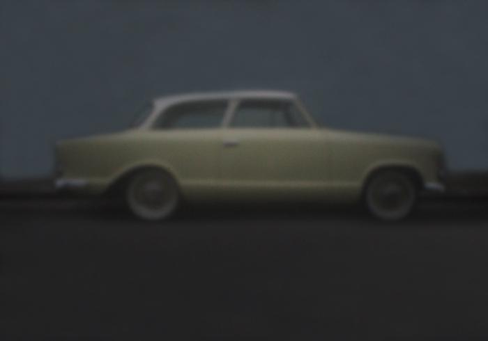 Gelbes Auto auf blauem Grund | London | 2016 | Camera Obscura | Pigmentdruck auf Alu-Dibond | 55 x 38 cm
